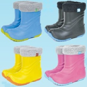 子供用スノーブーツと雨長靴ならプーキーズ取扱店店舗